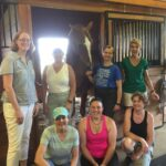equestrian-horse-stable-friends-berni-k